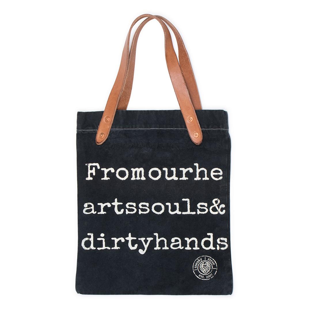 Style: Logo Tote Bag Black