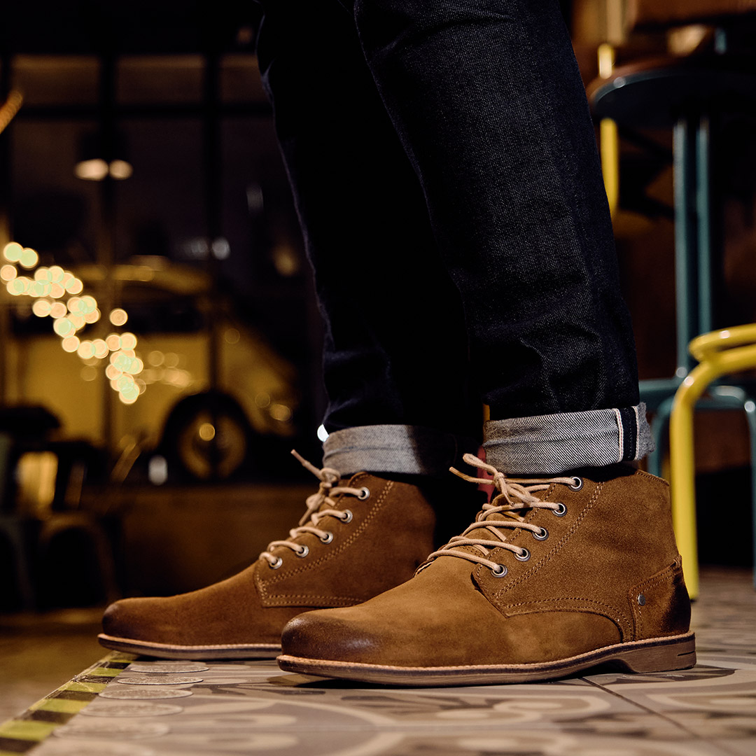 Crasher Whiskey Suede Sneaky Steve